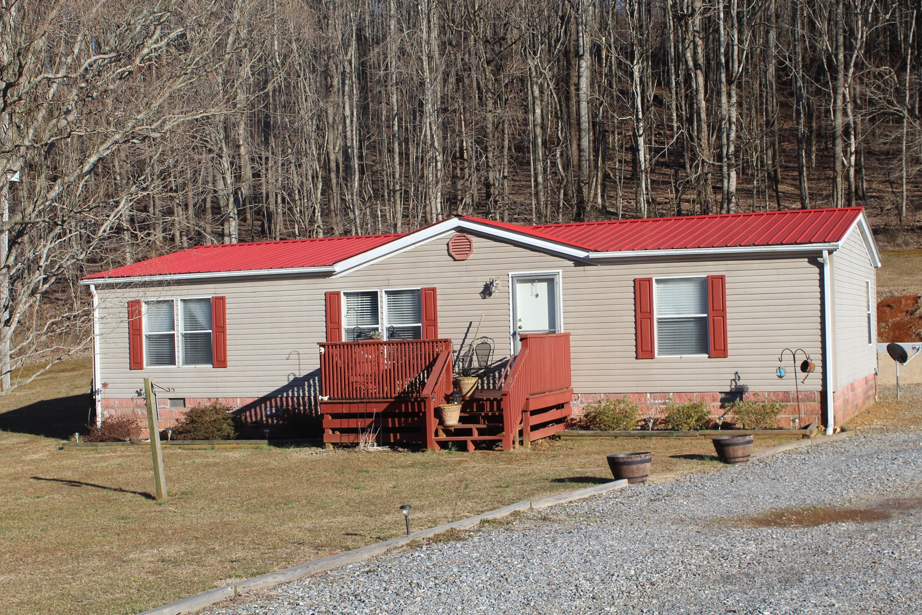 HOME WITH 5.24 ACRES LOCATED IN PATRICK COUNTY, VIRGINIA