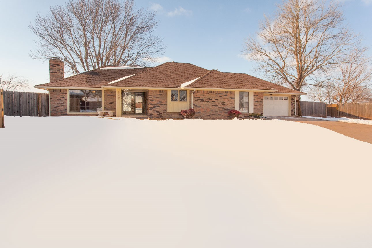 Home for sale in Clinton, OK, Custer County