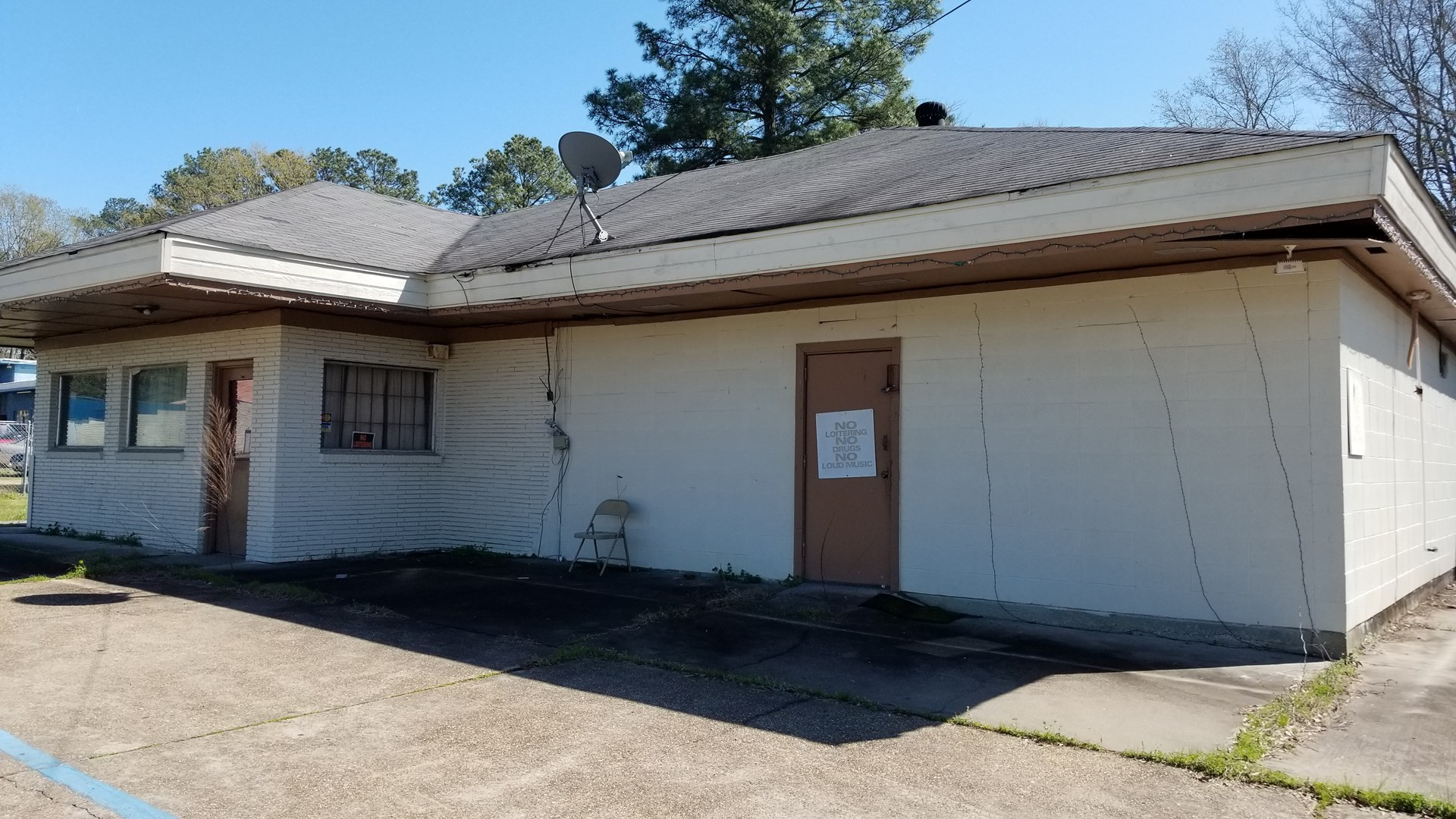 COMMERCIAL BUILDING FOR SALE IN NORTH LOUISIANA