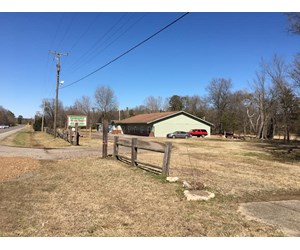COMMERCIAL BUILDING FOR SALE WITH HIGHWAY 71 FRONTAGE!