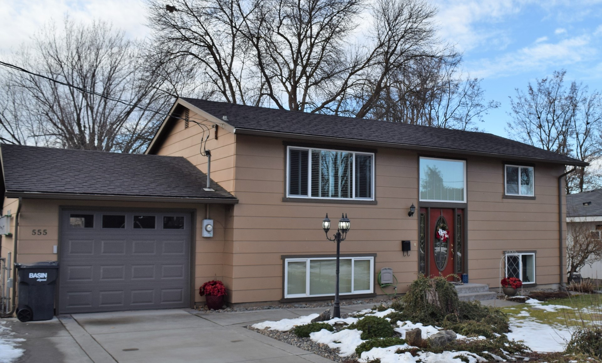 Home for Sale in College Place near Parks and Schools