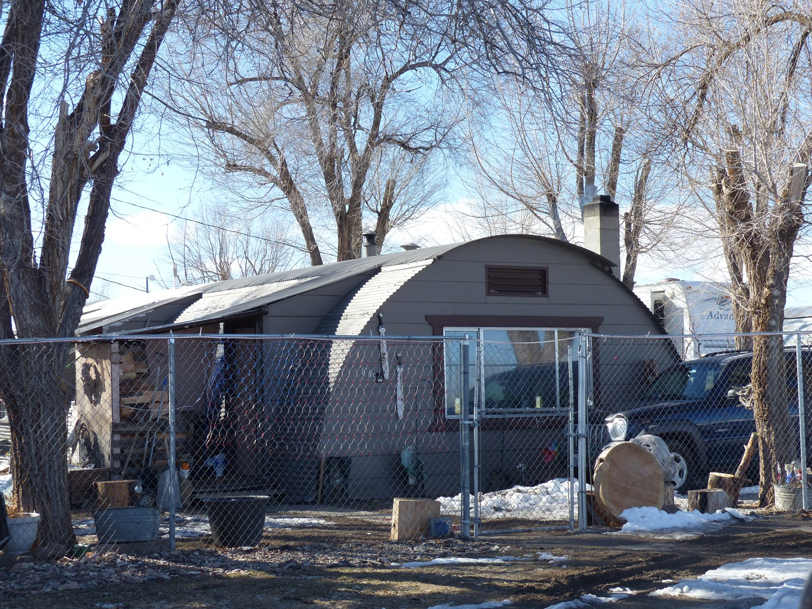 QUONSET HUT HOME IN BURNS
