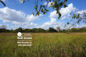 FARM WITH HUNTING LAND FOR SALE IN LINCOLN COUNTY, OK