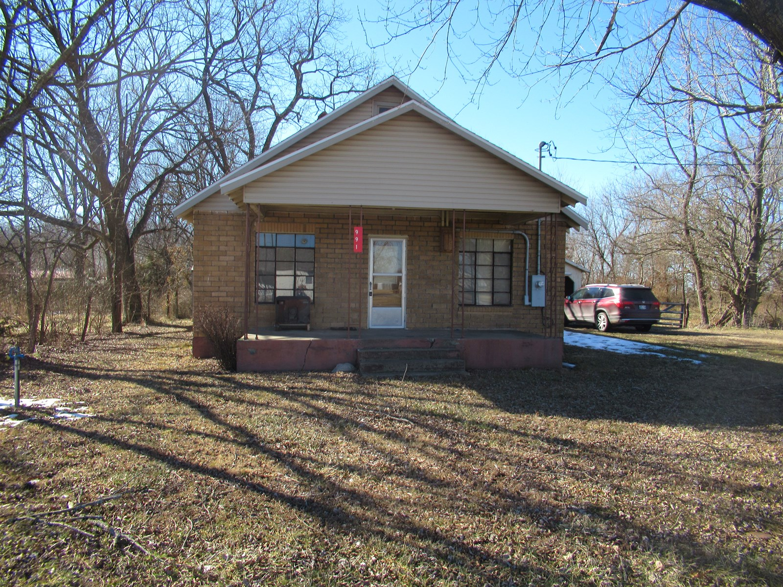 Home For Sale in Arcola, Mo