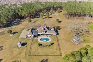 6 BED/5 BATH HOME, GUEST HOME, LUXURY HUNTING PROPERTY SW MS