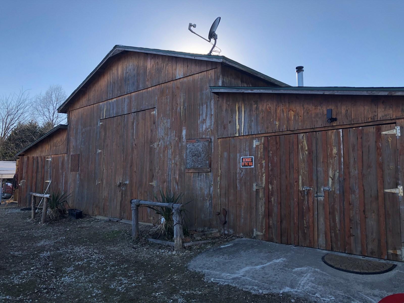 Mini Farm / Ranch in Mount Pleasant Arkansas