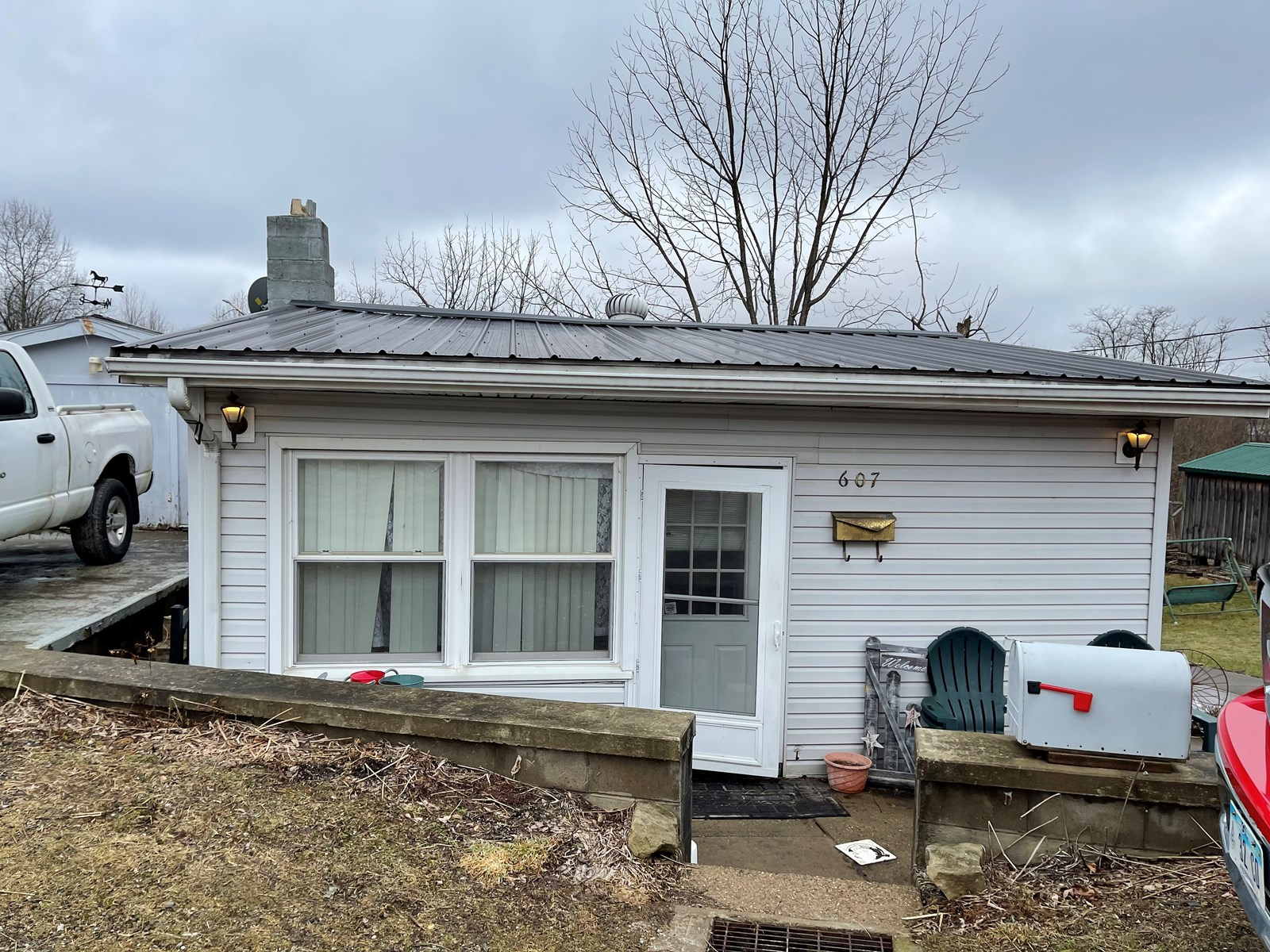 Woodsfield, OH Cozy 1 Story home on 1.2 Acres
