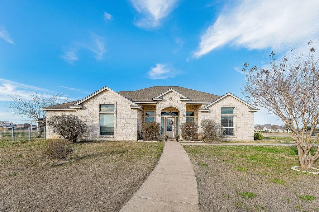 Custom Home Moody TX 1.165 Acres Above Ground Pool