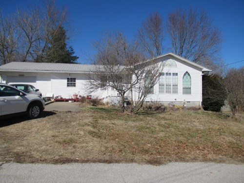 Home For Sale in Greenfield, Mo