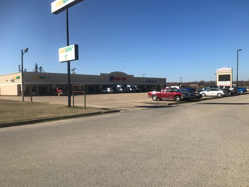 Commercial buildings and property, Strip Mall in Arkansas