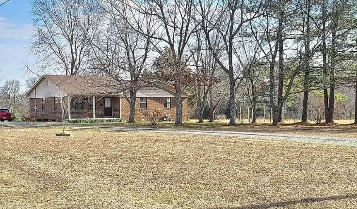 Pocahontas Arkansas Home With Acreage