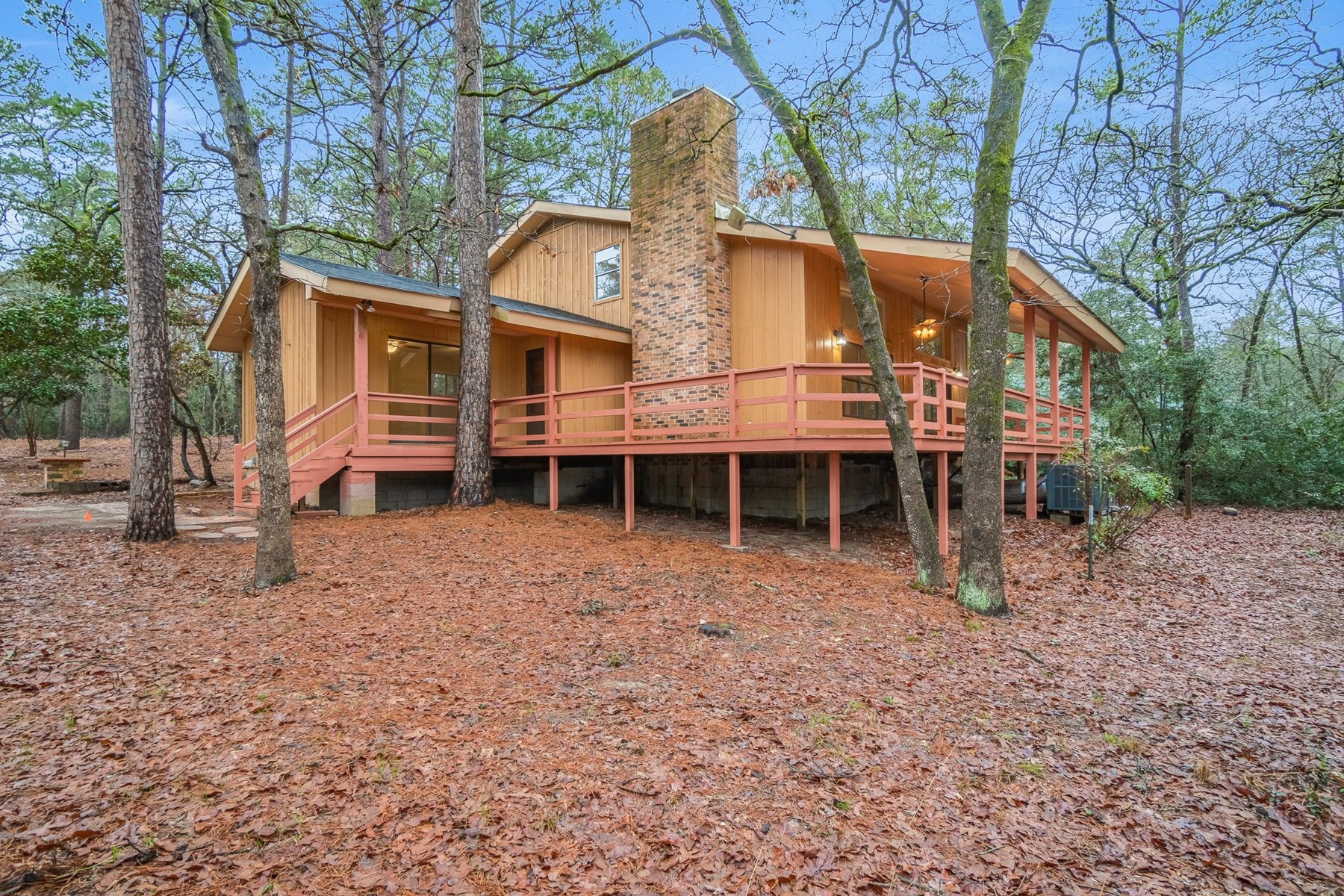 HOLLY LAKE RANCH TEXAS WOOD COUNTY GATED HOME RESORT