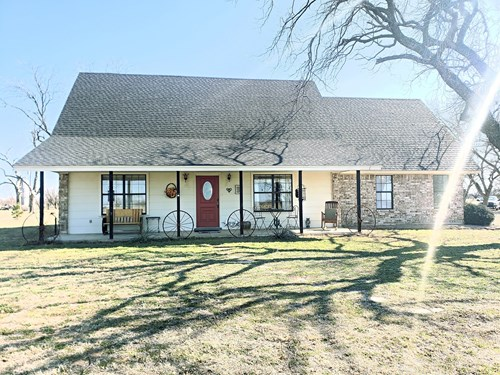 Country home and land near San Angleo, TX  for sale.