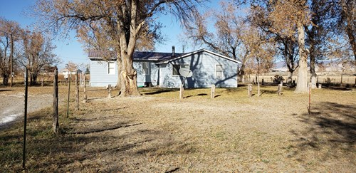 In Town  Horse Property Investment Acreage Irrigation Water