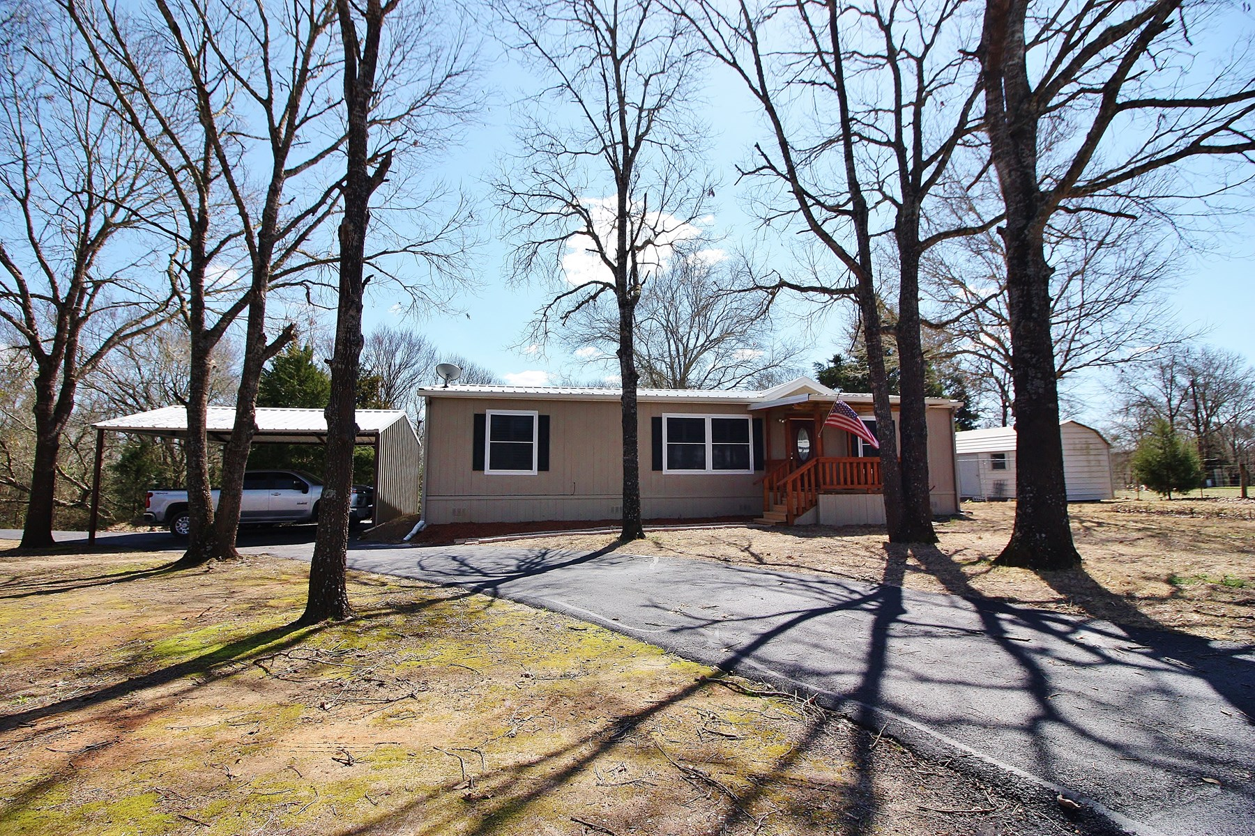 Home with Guest House on Acreage For Sale in Buffalo