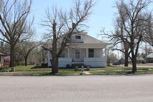 HOME FOR SALE IN COLDWATER, KS