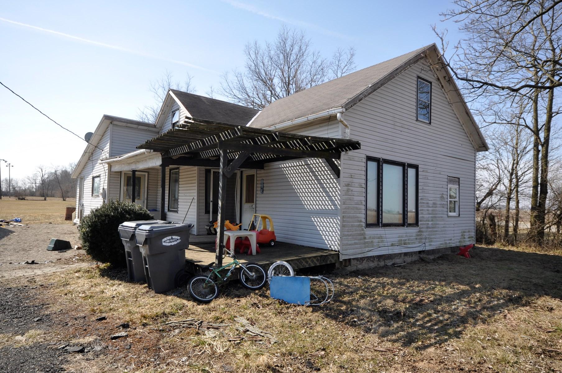 Home for Sale Farmland, Indiana