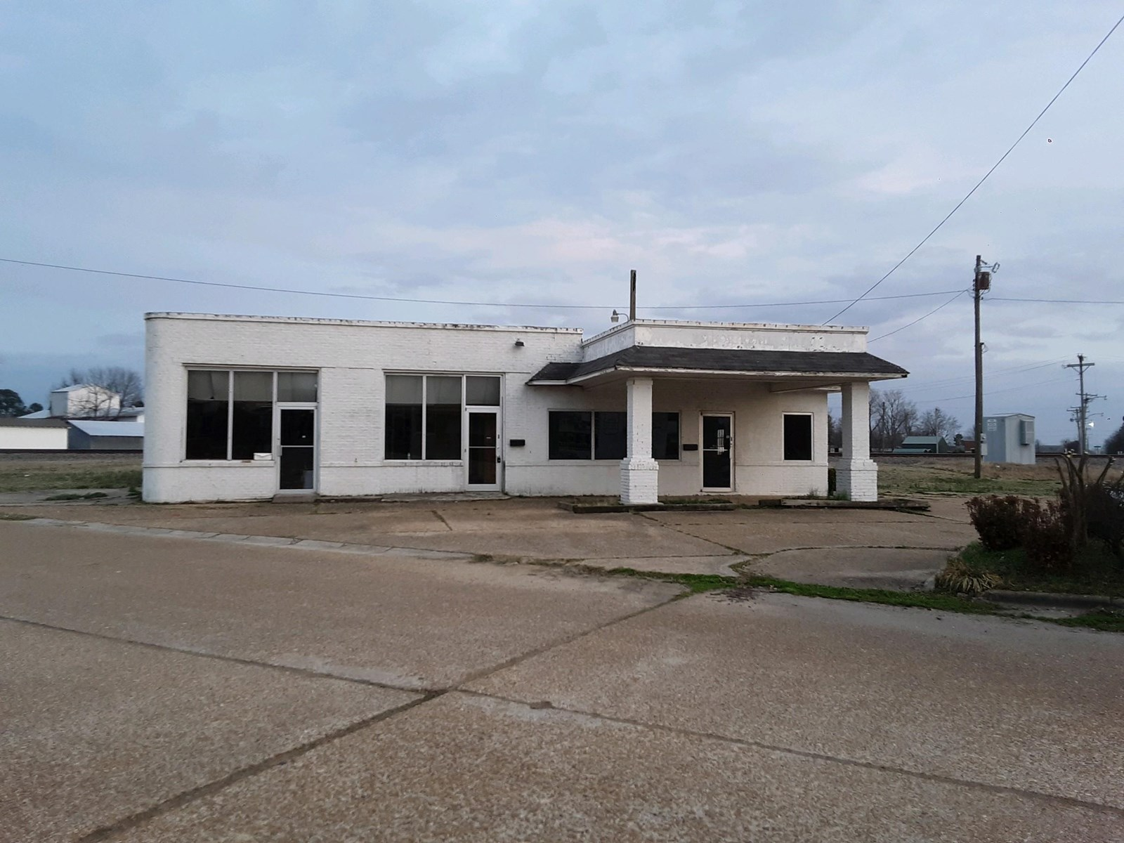 commercial Building in Rector AR.