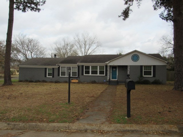 3/2 Home for Sale in Palestine Texas