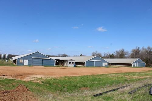 POULTRY FARM  - COMO, TEXAS - WOOD COUNTY TX - EAST TX FARM