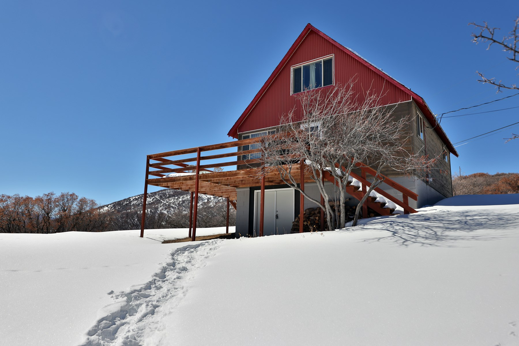 Cabin on Vega Reservoir in Colorado For Sale