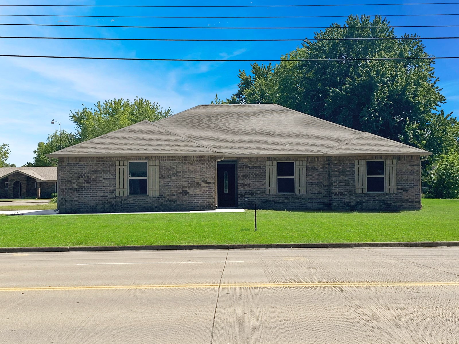 HOME IN TOWN FOR SALE PRYOR OK