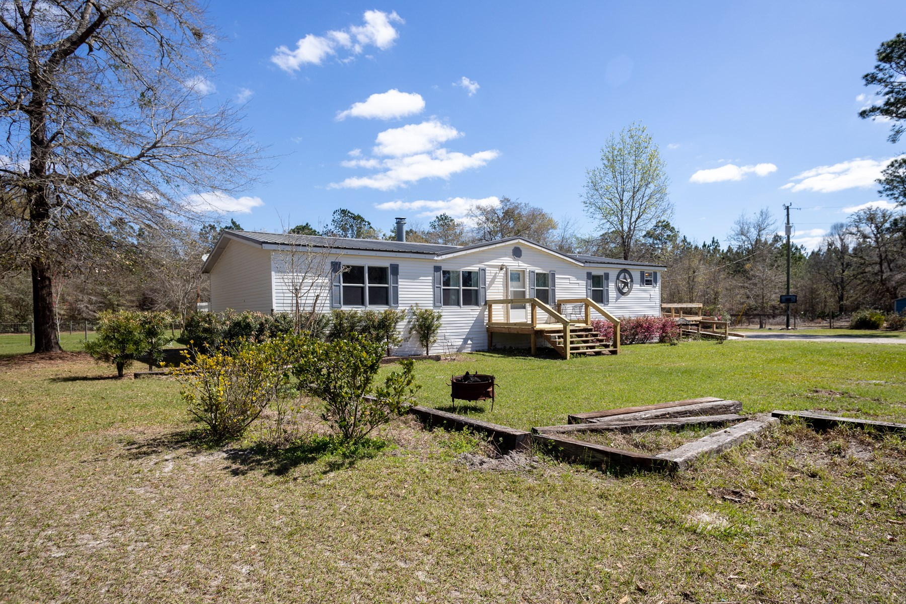 FLORIDA COUNTRY HOME FOR SALE
