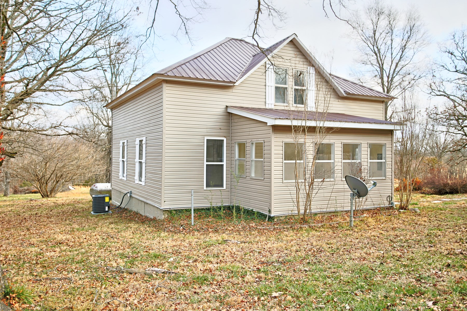 Hobby Farm with 4 Acres in West Plains, MO for Sale-Updated