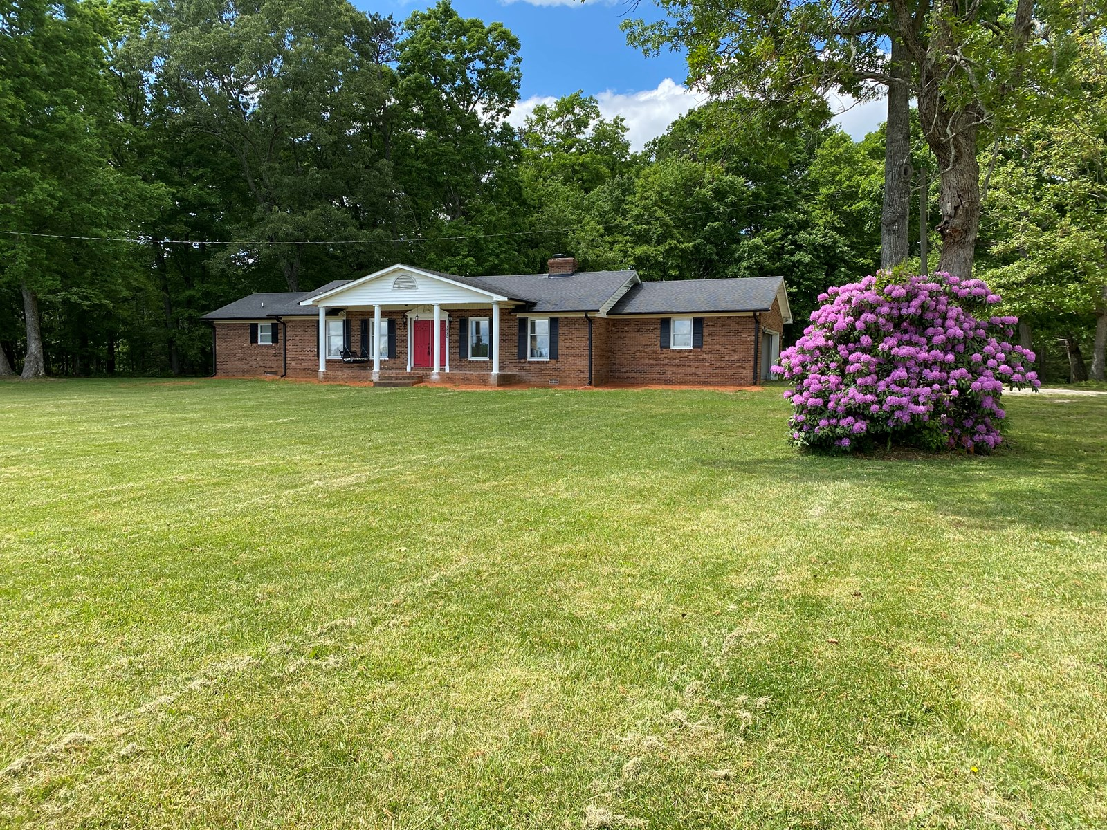 Home For Sale In Pilot Mountain North Carolina 27041