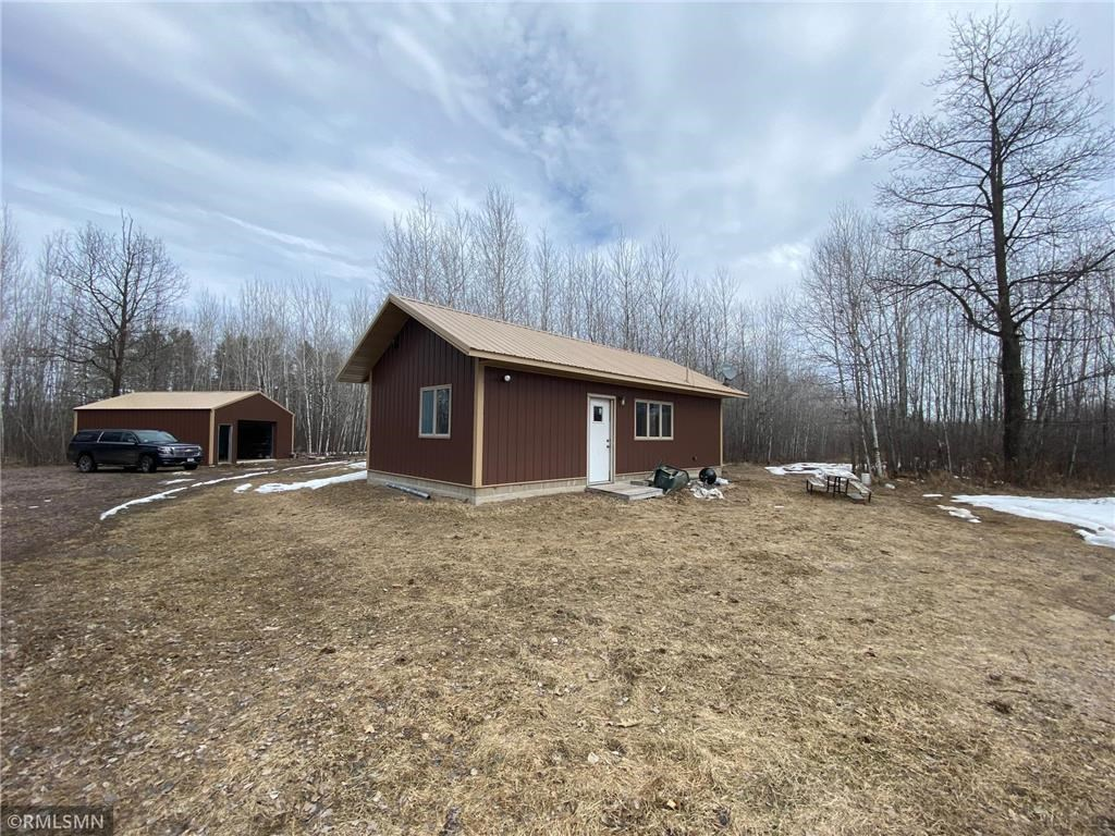Hunting Acreage for Sale with Cabin, Northern Minnesota