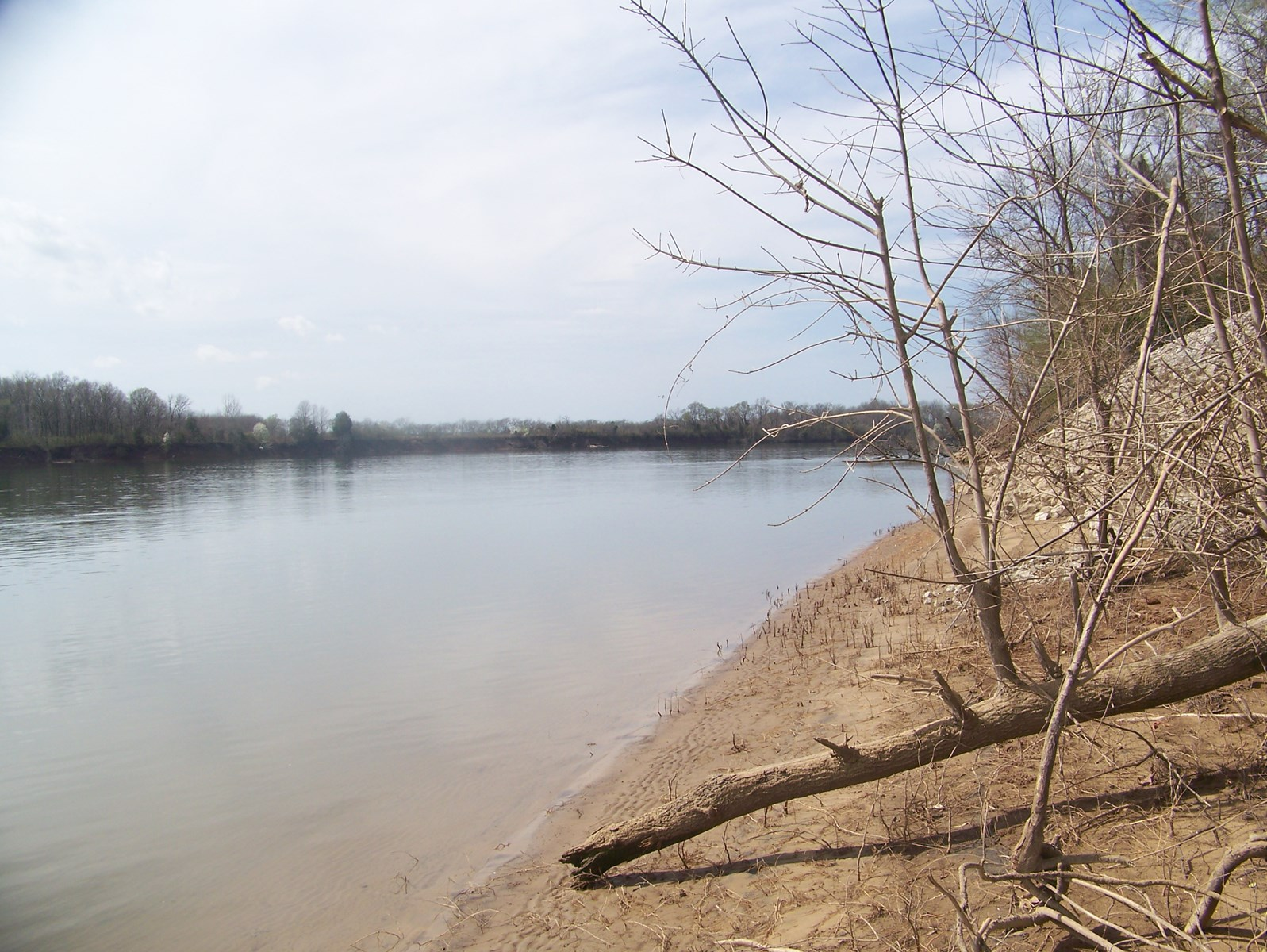 WATERFRONT LAND FOR SALE – TN RIVERFRONT LOT, FISHING