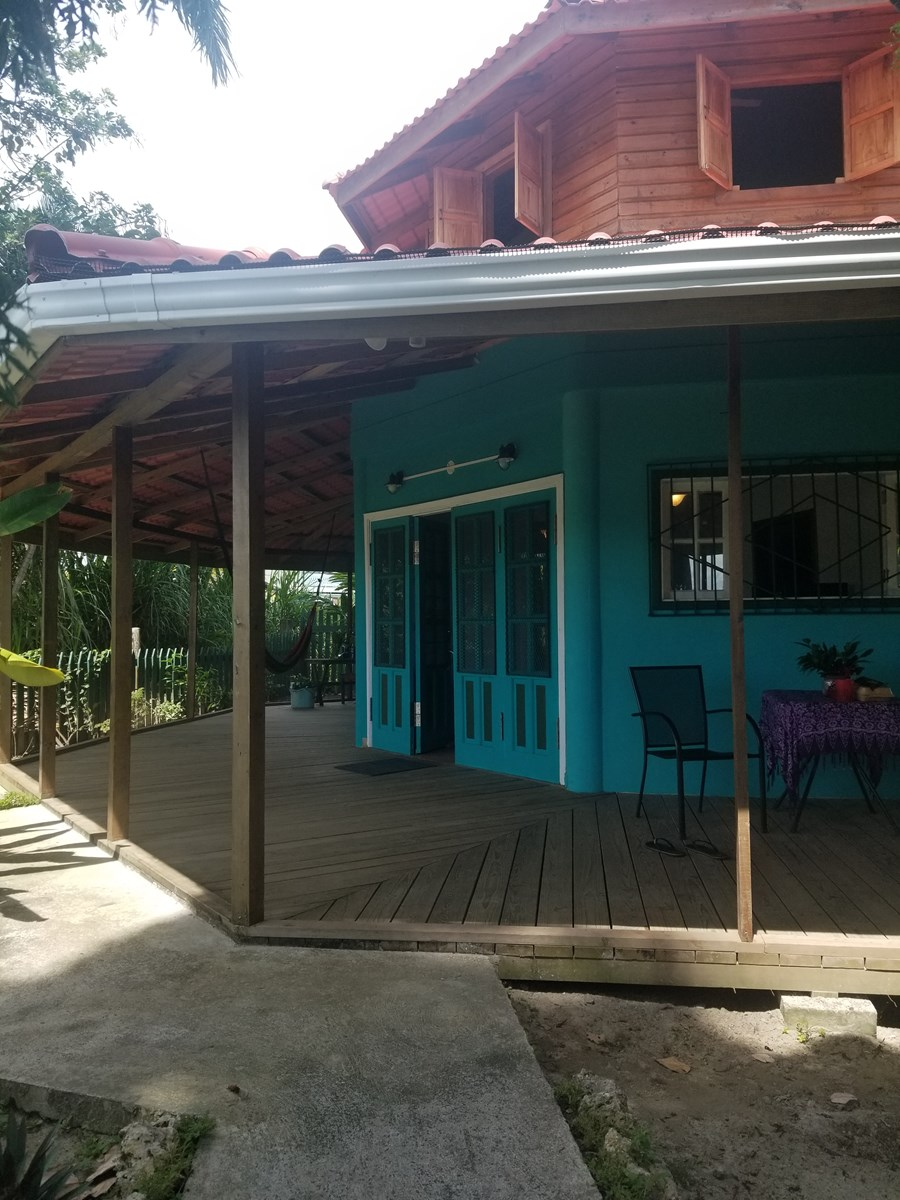 Coastal Duplex, Freshly Remodeled, Bocas del Toro, Panama
