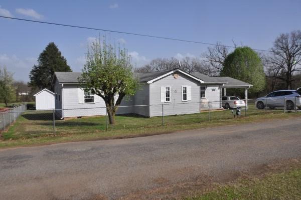 OKLAHOMA COUNTRY HOME, PASTURE, POND, SHOP