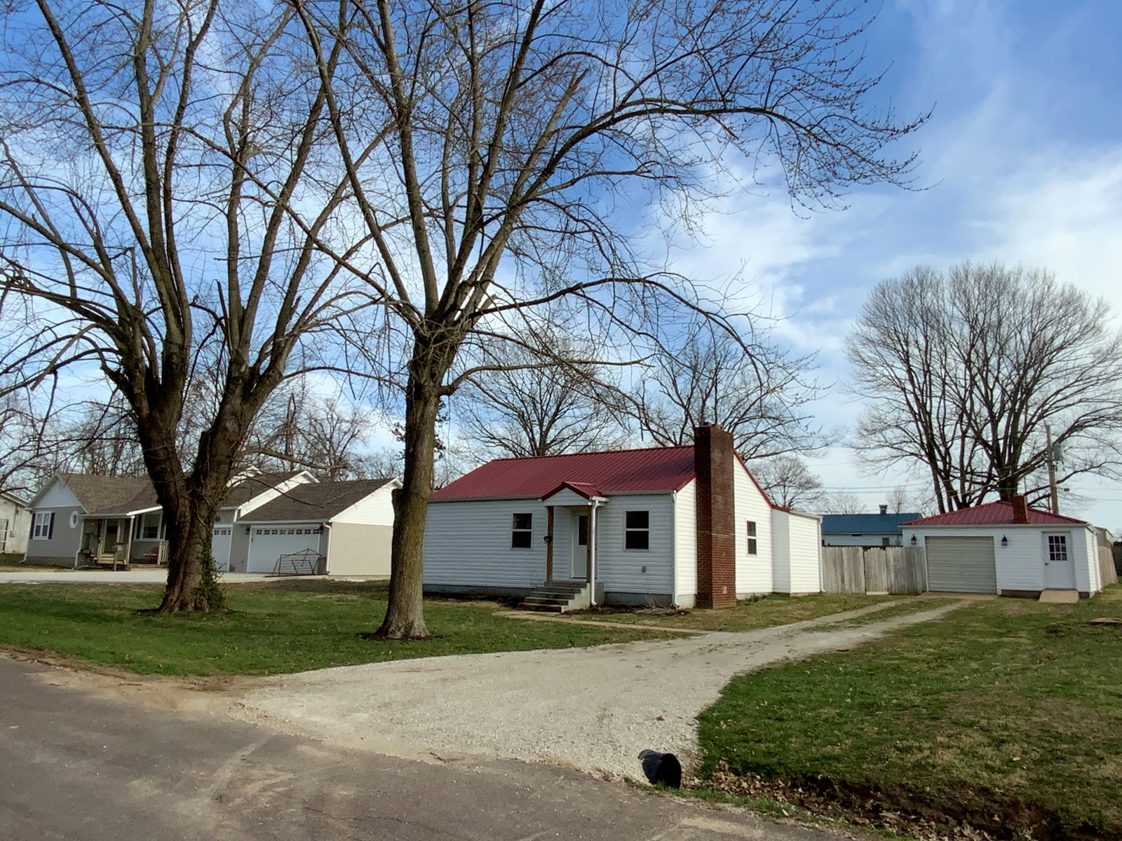 Home for Sale in Southern Missouri Small Town