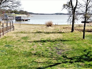 WATER FRONT LOT ON LAKE BROWNWOOD