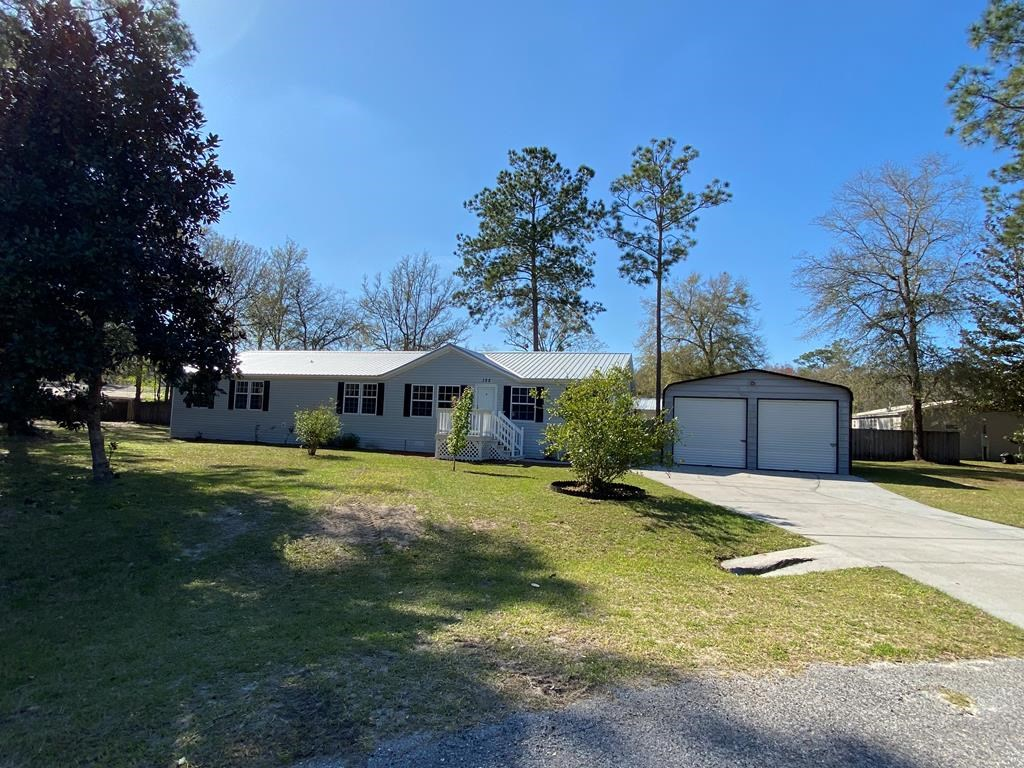 FOR SALE IN LAKE CITY, FL - COMPLETELY REMODELED 4/3 W/STUDY