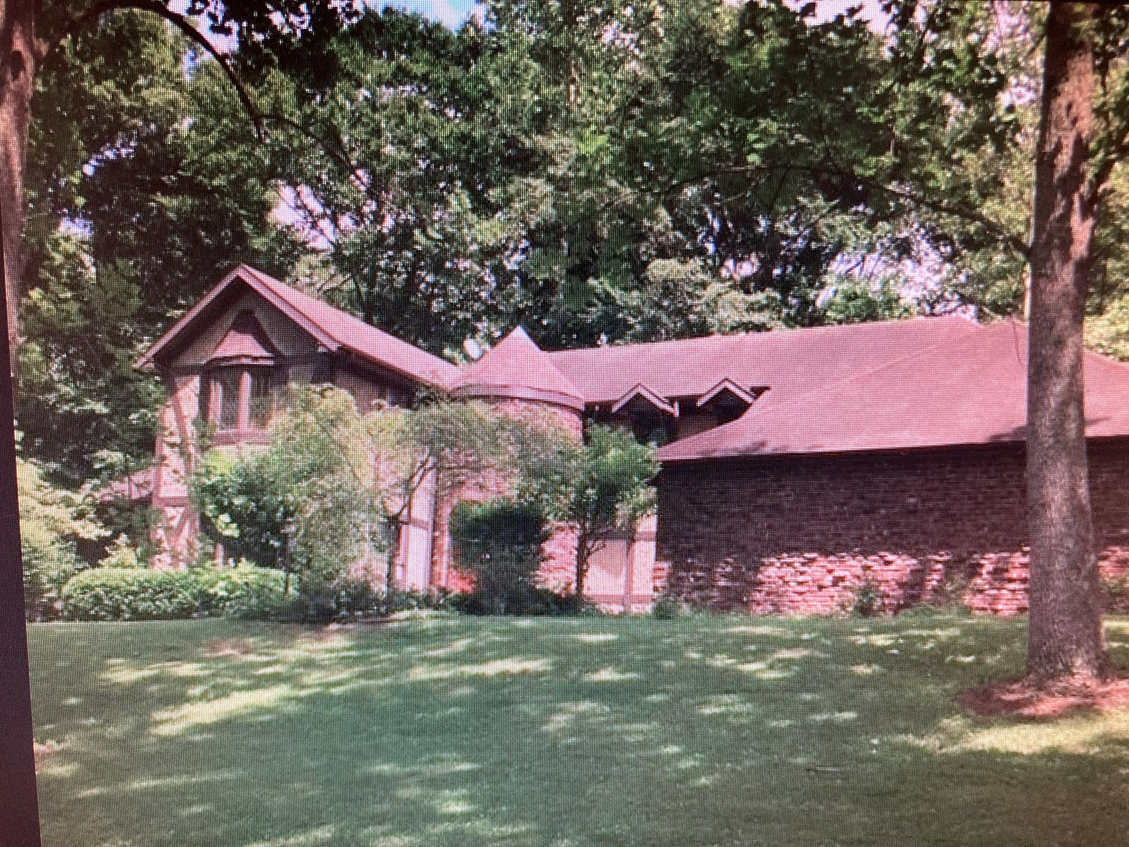 Country Home on 2.1 Acres