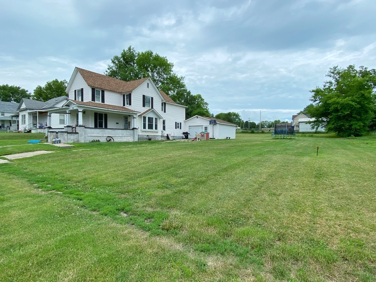 Home For Sale in Bedford Iowa Taylor County