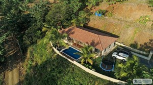 HOUSE FOR SALE IN PEDASI PANAMA