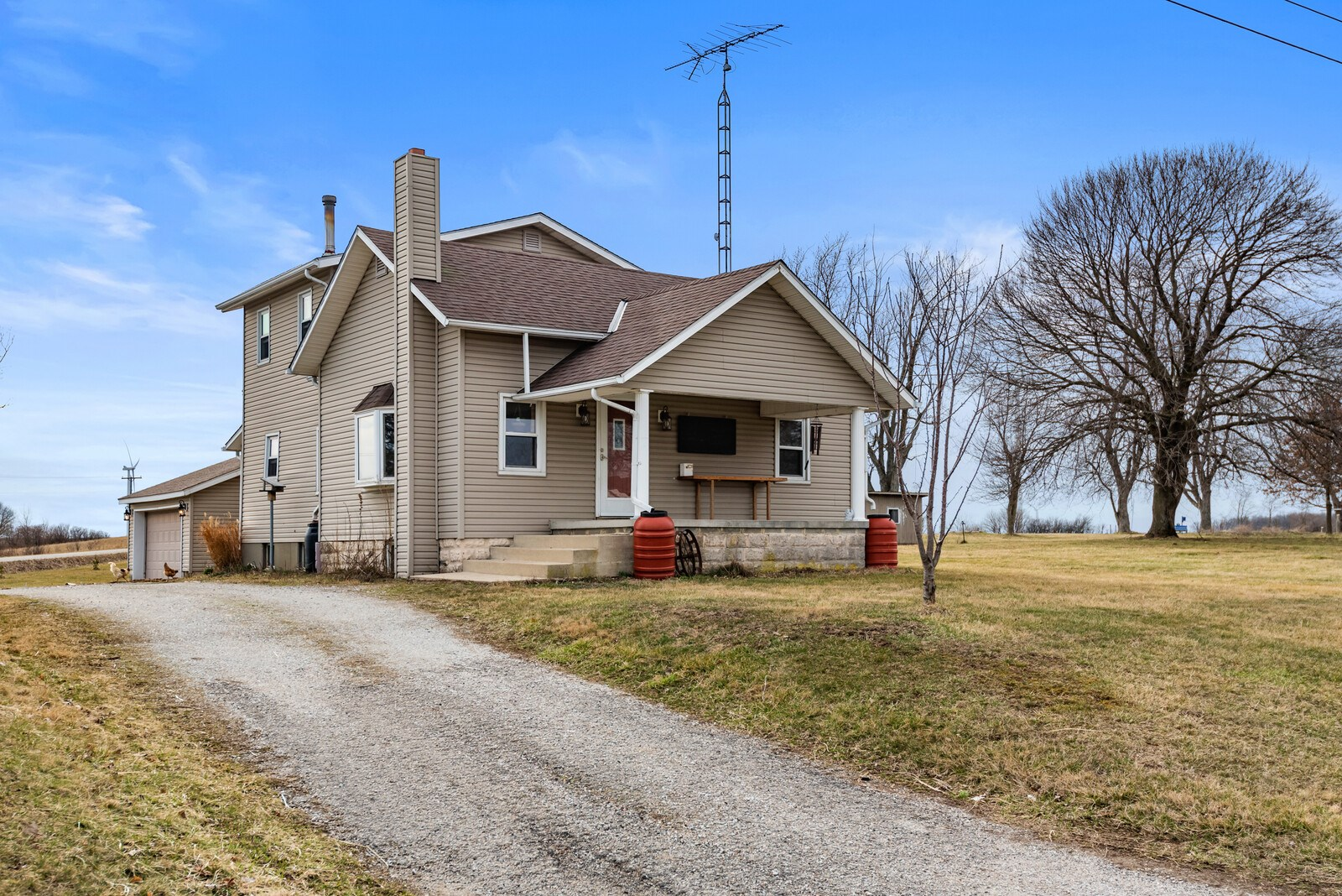 Country Home for Sale Winchester, IN