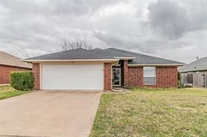 SPRINGTOWN ISD HOME IN TOWN