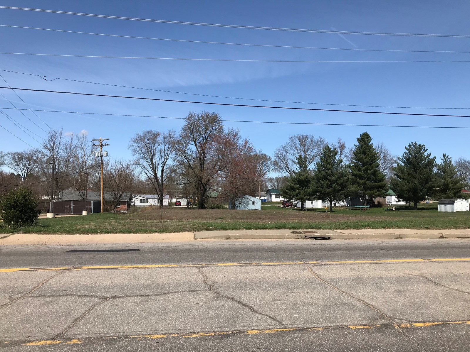 Build your own business on this vacant lot.  32 E Salem