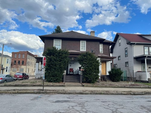 Martins Ferry, OH Two Story home for Sale