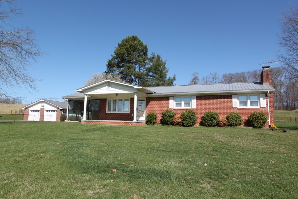 Beautiful Ranch Style Home for Sale in Fall Branch TN