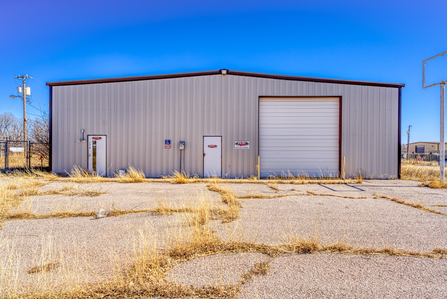 FOR SALE IN WESTERN OKLAHOMA - COMMERCIAL BUILDING