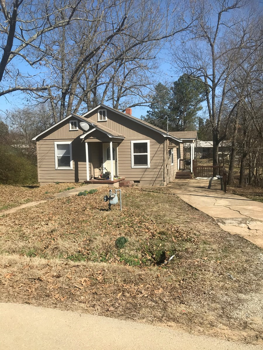 Home in Town for Sale, 2 BR, 1 BA, CHA, Pocahontas, AR
