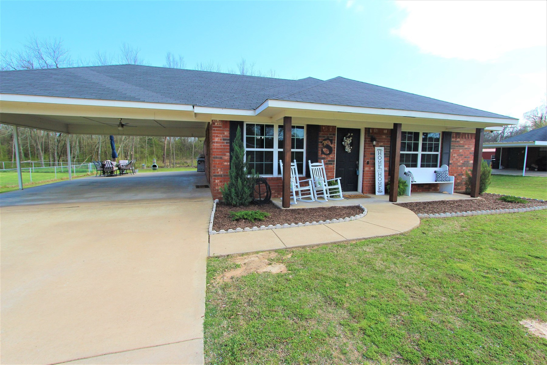 Country Home In Town For Sale Powderly Texas