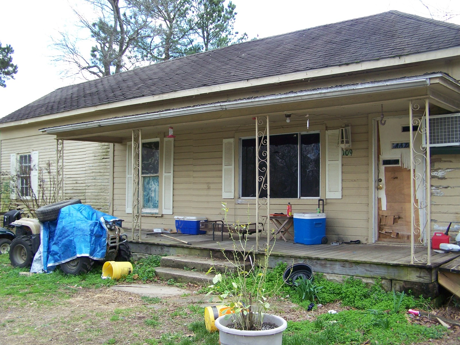 Fixer Upper Home In Town For Sale Marshall, Arkansas