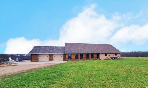Rural Home in Hancock County, IL with Acreage