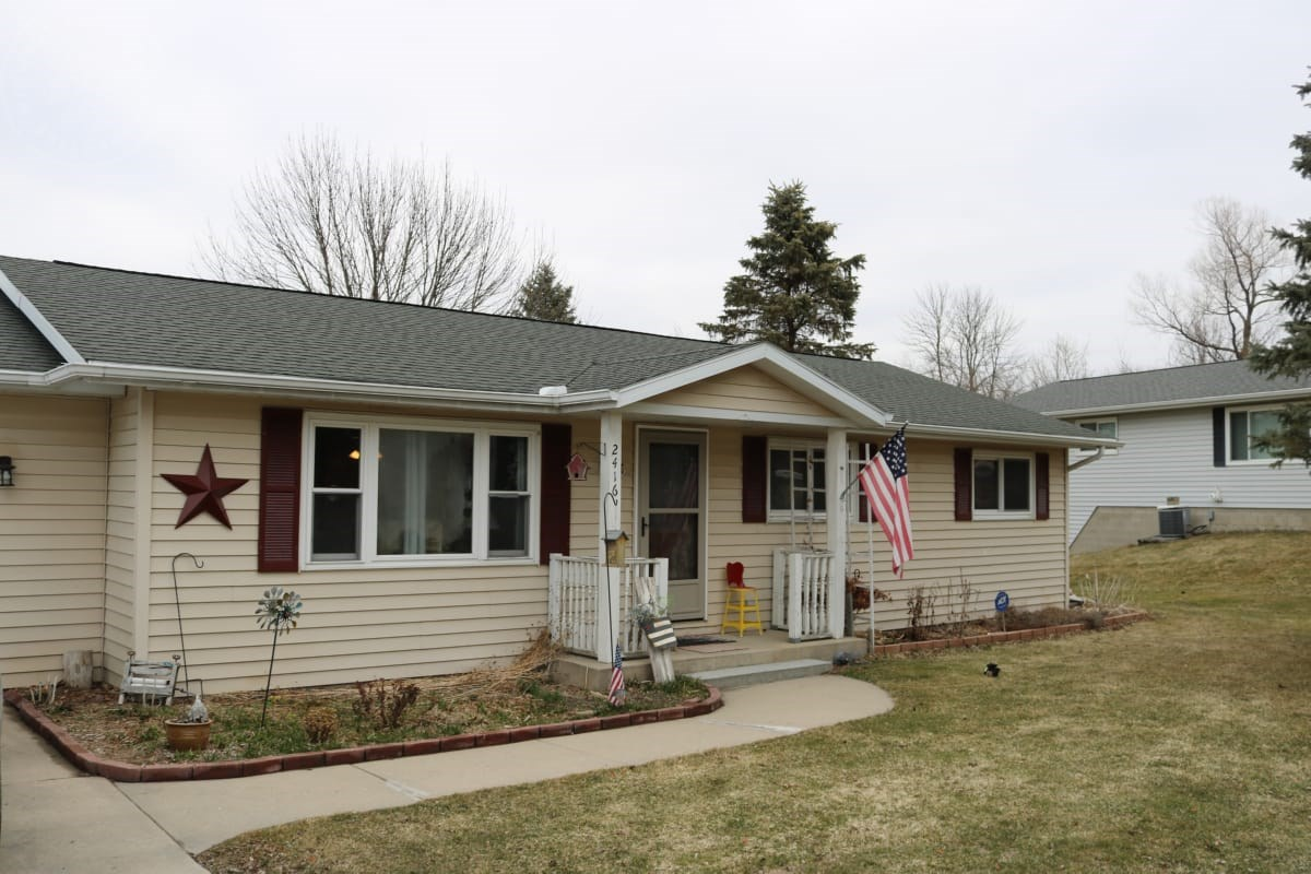 Ranch Home with large lot for sale in the Town of Ashippun